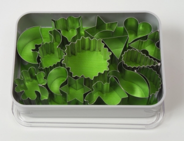 Pastry cutter cake decor small 15 pieces at sweetART