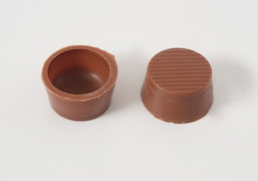 Chocolate shell round milk with recipe suggestion