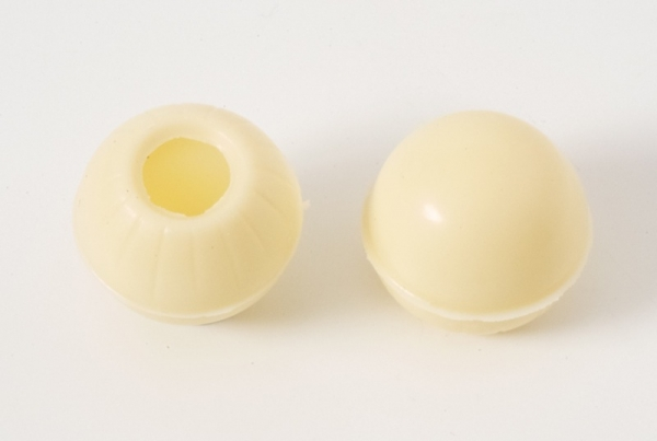 3 set - mini chocolate hollow shells white - praline shells at sweetART -1