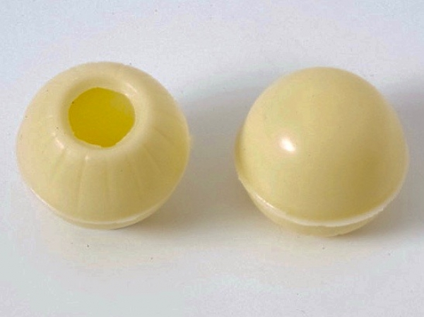 4,50 Euro Truffle hollow shells white - praline shells at sweetART